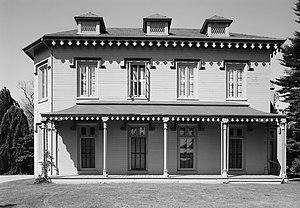 Kingscote (mansion) - Image: Kingscote 03