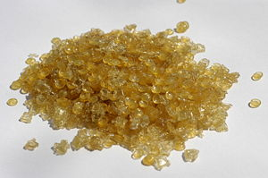 Animal glue - Animal glue in granules