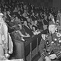 Koningin Juliana is aanwezig bij de filmpremière 'De grootste uren' in de Euro C, Bestanddeelnr 917-1676.jpg