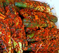 Korean.cuisine-Kimchi-Oisobaki-01.jpg