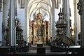 Krems-Piaristenkirche-22-zum Chor-2006-gje.jpg