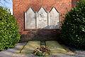 Kriegerdenkmal an der Kreuzkirche Schweringen IMG 0043.jpg