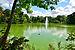 Kurpark Bad Nauheim 03 Teich Fontäne.jpg