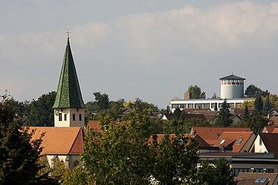 Kusterdingen-Kirche-Wasserturm-2008.jpg