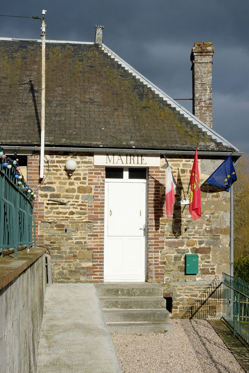 La Mairie, Les Isles-Bardel, Calvados..jpg