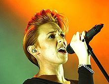 Description de l'image La Roux.jpg.
