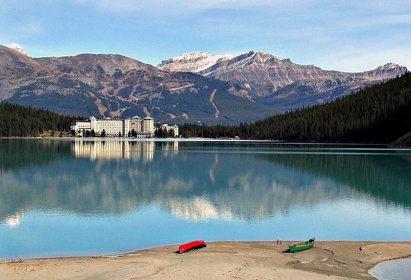File:Lake Louise 17092005.jpg