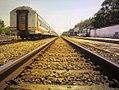 Langsiran Kereta di Stasiun Sumpiuh.jpg