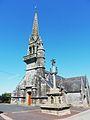 Le Cloître-Pleyben église Saint-Blaise et calvaire.jpg