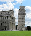 Leaning Tower of Pisa - panoramio (6).jpg