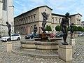 Lebenskreisbrunnen Halle 8766.jpg