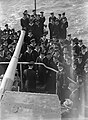 Leden van de bemanning, Bestanddeelnr 902-3853.jpg