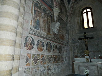 San Pietro a Majella -  fourteenth-century frescoes of the chapel Lioness
