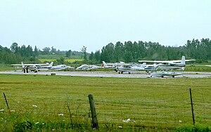 Kawartha Lakes (Lindsay) Aerodrome - Image: Lindsay Airport