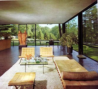 glass house interior design. Interior of the Glass House  1949 Philip Johnson Wikipedia