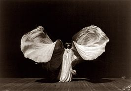 Loie Fuller, gefotografeerd in 1902 door Frederick Glasier