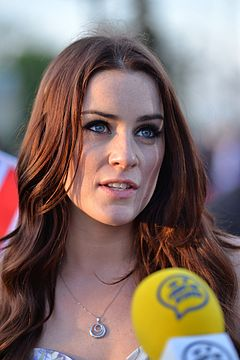 Lucie Jones Red Carpet Kyiv 2017.jpg