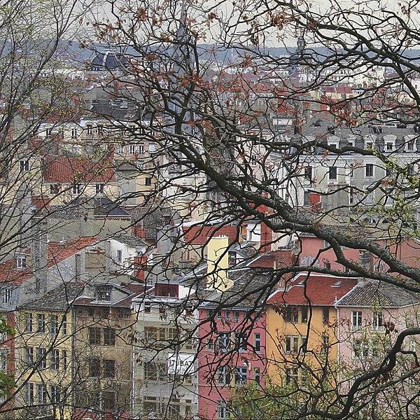 File:Lyon 5e Quai de Pierre Scize.jpg