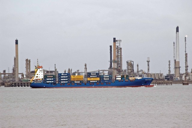 MV Geeststroom on Thames - geograph.org.uk - 360501