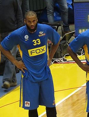 Arinze Onuaku - Onuaku with Maccabi