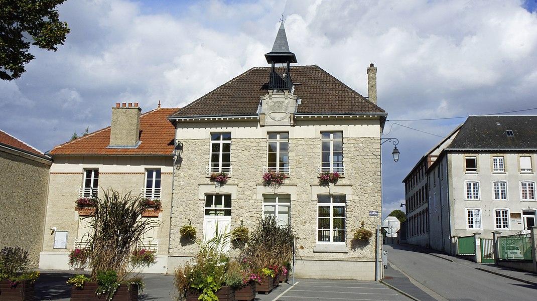 Vue de la Mairie de Thillois.