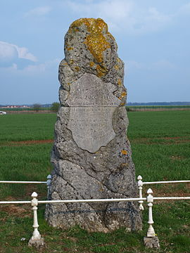 Marcilly-la-Campagne-FR-27-mémorial Zuccarelli-01.jpg