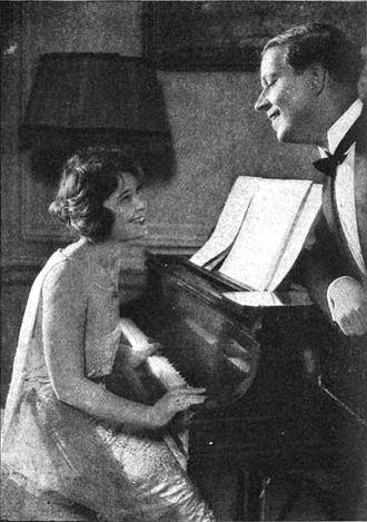 Wedding Bells (play) - Margaret Lawrence and Wallace Eddinger in Wedding Bells
