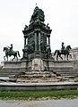Maria-Theresien-Denkmal Sanierung 2008.jpg