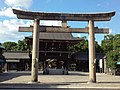 Masumida Shrine - Torii and Romon.jpg