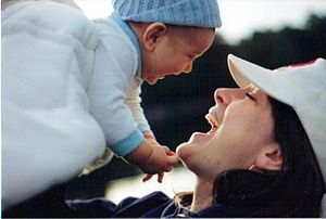 Maternal bond - Wikipedia, the free encyclopedia