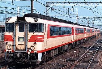 Meitetsu KiHa 8000 series - A KiHa 8000 series train led by 8003 in 1988