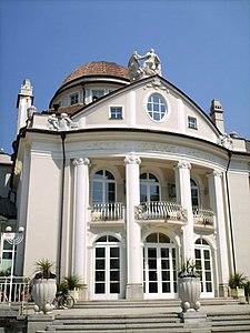 Kurhaus di Merano - Wikipedia