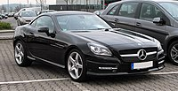 Mercedes-Benz SLK 200 BlueEFFICIENCY Sport-Paket AMG (R 172) – Frontansicht, 1. April 2011, Velbert.jpg