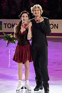 Meryl Davis and Charlie White - World Champions 2013.jpg