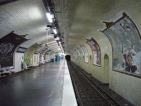 les mystere de paris 42 280px-Metro_Paris_-_Ligne_8_-_Station_Bonne_Nouvelle_%283%29