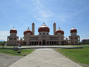 Baitul Makmur Meulaboh Grand Mosque - Frontview