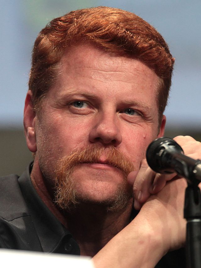The 52-year old son of father (?) and mother(?), 184 cm tall Michael Cudlitz in 2017 photo