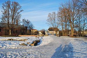 Middelalderparken - The bridge entrance to Middelalderparken from Saxegaards gate