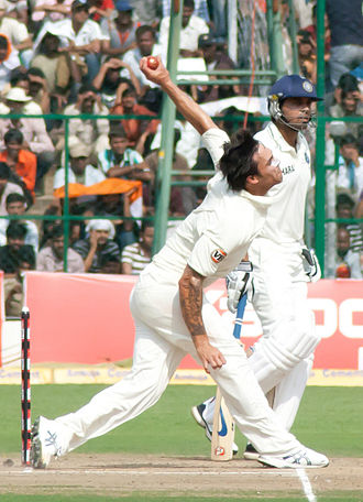 Mitchell Johnson (cricketer) - Johnson bowling against India in 2010.