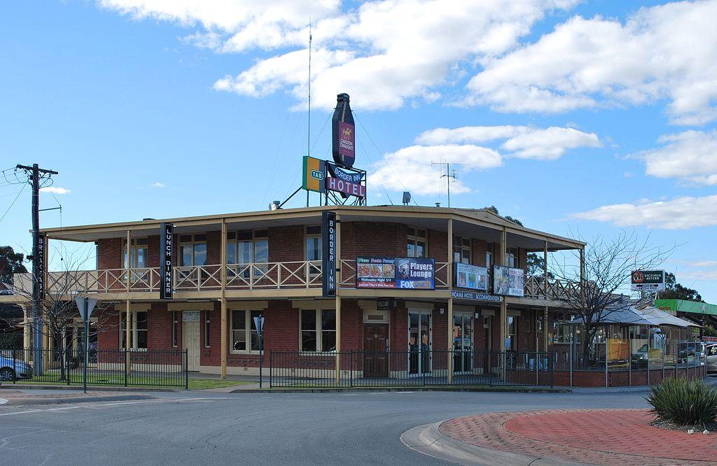 Border Inn Hotel Moama