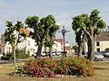 Montagny-Sainte-Félicité (60), place du Fort.JPG