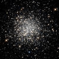 NGC 1754 hst 05916 01 R814 B555.png