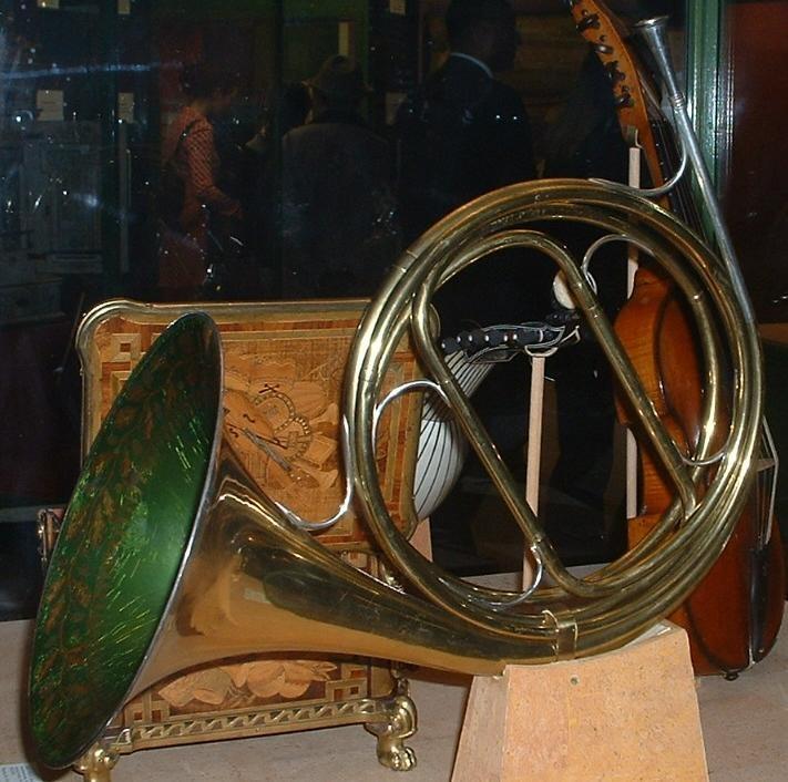 Natural Horn (instrument)