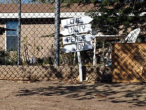 Neenach, California - Image: Neenach California Fence