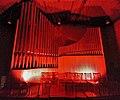 Neusäß, St. Ägidius (Hindelang-Orgel bei Nacht, rot) (2).jpg