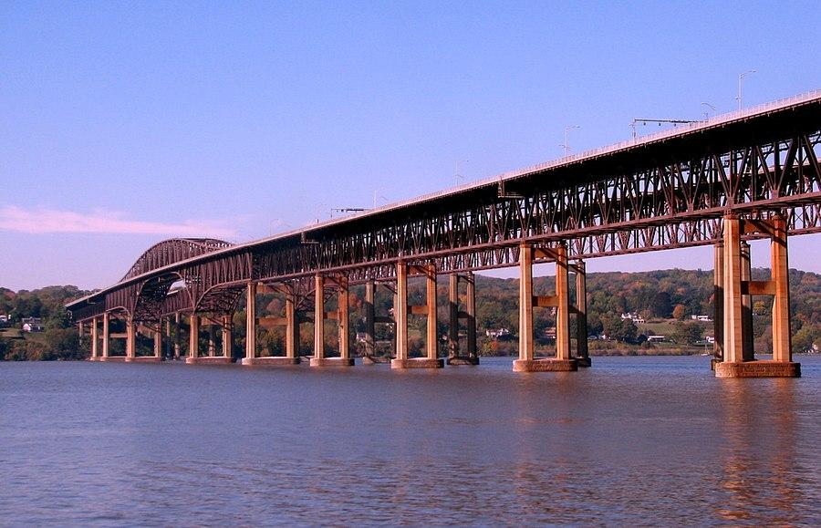 Newburgh–Beacon Bridge