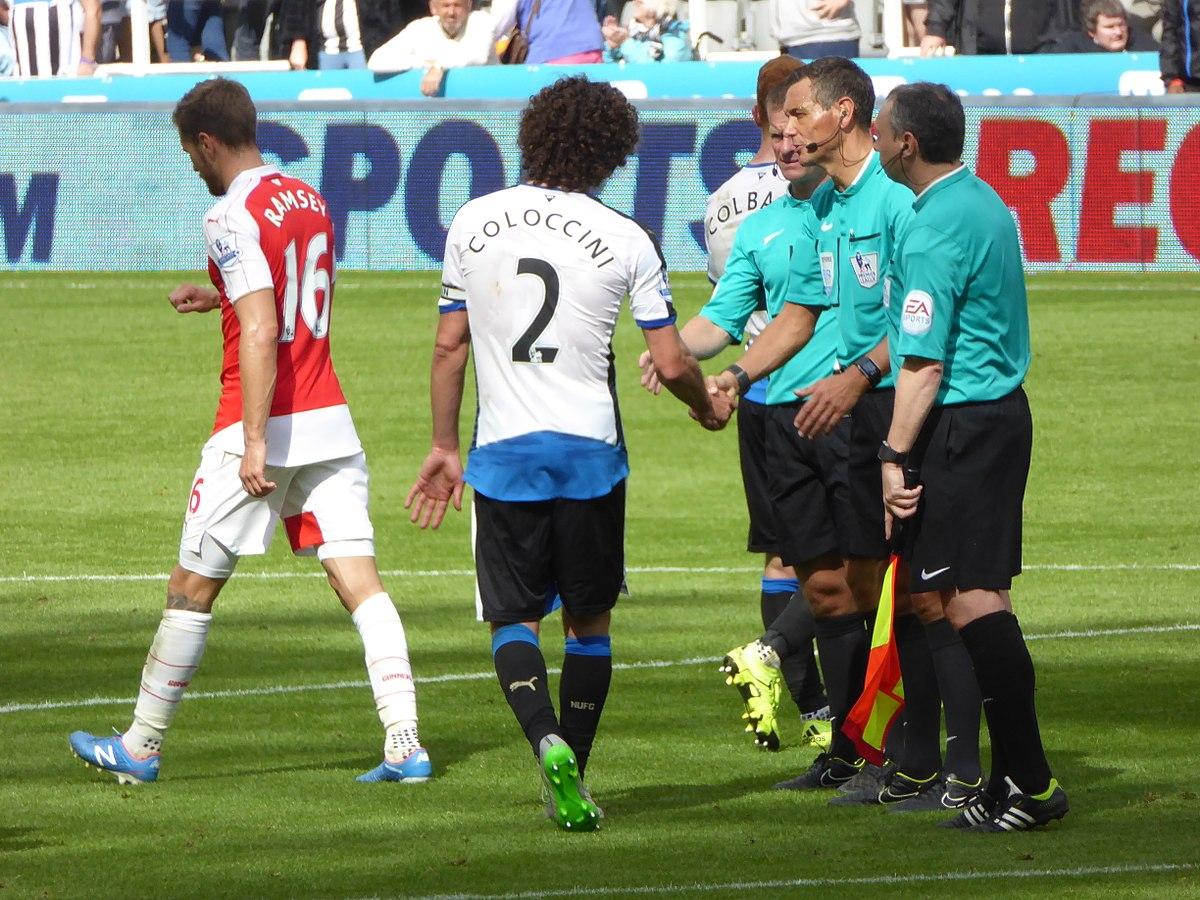 File:Newcastle United vs Arsenal, 29 August 2015 (36).JPG ...