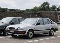 Nissan Bluebird Schrägheck (1985–1988)
