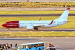 Norwegian, EI-FHM, Boeing 737-8JP (22030990998).jpg