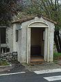 Noyers-sur-Jabron, cabine téléphonique.jpg